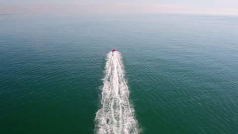 fast speedboat offshore - speed boat stock videos & royalty-free footage