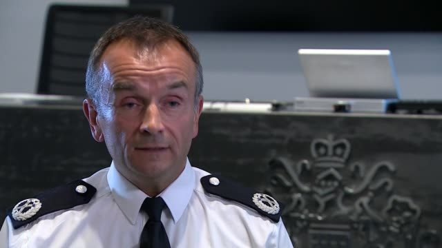 father abducts his sons from foster home in south london; england: london: new scotland yard:# int commander jon savell interview sot. - foster care stock videos & royalty-free footage