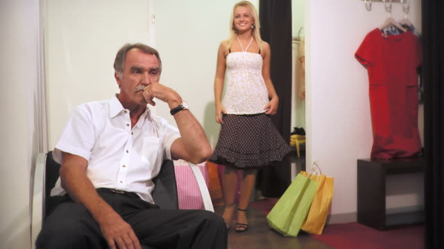 HD: Vater und Tochter-Shopping