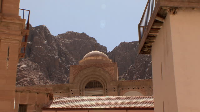 WS ZO LA Fatimid Mosque and Basilica of Transfiguration in St Catherine's Monastery, Mount Sinai, Egypt