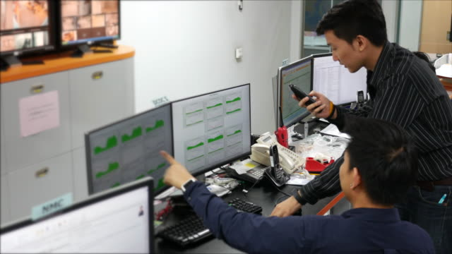 vídeos y material grabado en eventos de stock de informe de fallo en el trabajo - centralita de teléfono