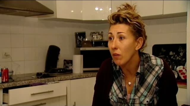 government review recommends no routine removal of implants Nathalie Lopez interview SOT
