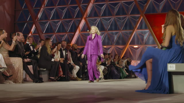 faye dunaway at fashion for relief at on may 20 2017 in cannes france - faye dunaway stock videos and b-roll footage