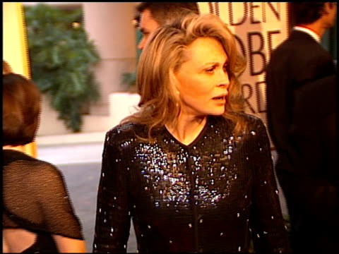 faye dunaway at the 1998 golden globe awards at the beverly hilton in beverly hills california on january 18 1998 - faye dunaway stock videos and b-roll footage