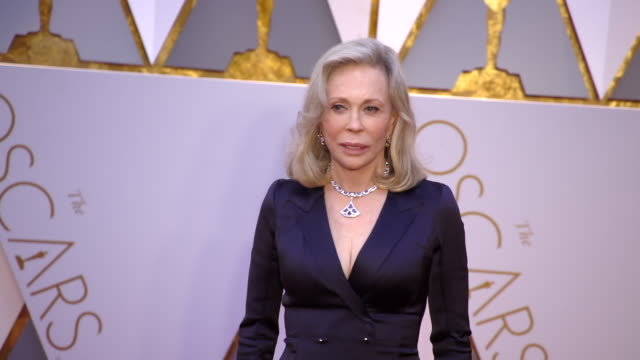 faye dunaway at the 89th annual academy awards arrivals at hollywood highland center on february 26 2017 in hollywood california 4k - faye dunaway stock videos and b-roll footage