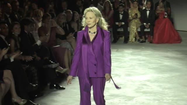 faye dunaway on the runway of fashion for relief fashion show in cannes cannes france on sunday may 21 2017 - faye dunaway stock videos and b-roll footage