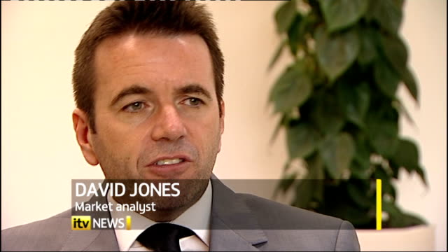 fears of global financial crisis: world leaders race to avoid more financial turmoil; england: london: david jones interview sot - financial analyst stock videos & royalty-free footage