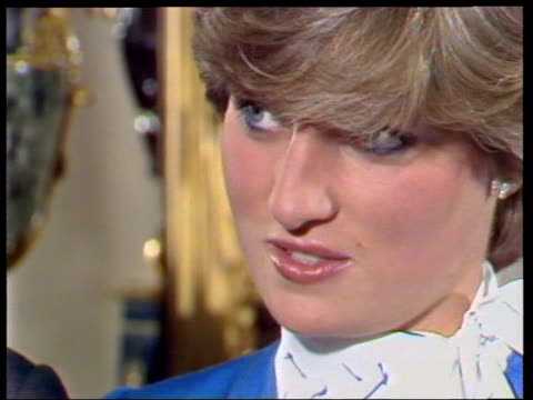 vídeos de stock e filmes b-roll de february 24, 1981 prince charles and lady diana talking to the press shortly after announcing their engagement/ diana/ charles and diana/ london,... - 1981