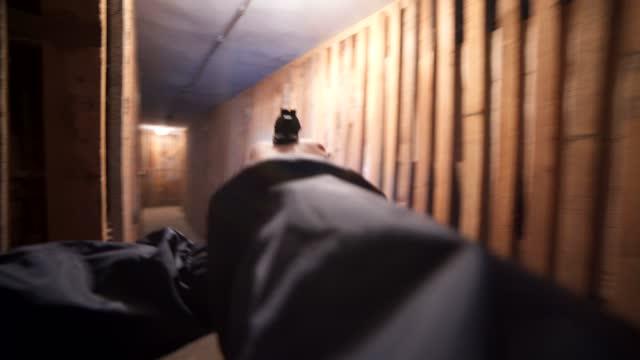 地下povの連邦捜査官 - 銃点の映像素材/bロール