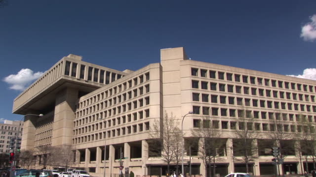 ws, pan, federal bureau of investigation building, washington dc, washington, usa - fbi stock videos & royalty-free footage