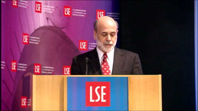 stockvideo's en b-roll-footage met federal reserve chairman ben bernanke speech to lse; - need to address the problem of financial institutions that are deemed too big to fail /... - voorzitter