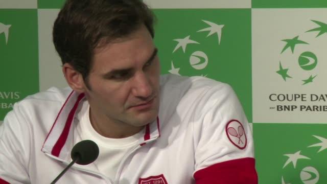 Federer y Wawrinka acercan a Suiza a un punto de su primera Copa Davis tras su victoria ante Gasquet y Benneteau este sabado