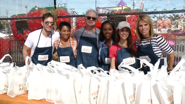 CLEAN Feeding America And The Los Angeles Regional Food Bank Host Holiday Harvest Volunteer Event at Shawn's Pumpkin Patch on October 24 2015 in...