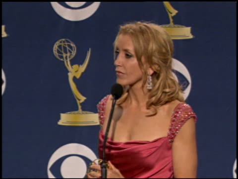 felicity huffman at the 2005 emmy awards press room at the shrine auditorium in los angeles, california on september 18, 2005. - shrine auditorium stock videos & royalty-free footage