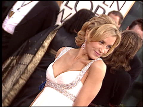 felicity huffman at the 2006 golden globe awards at the beverly hilton in beverly hills, california on january 16, 2006. - golden globe awards stock videos & royalty-free footage