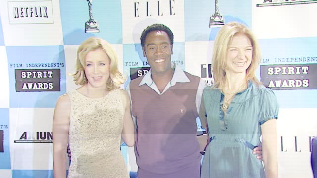 felicity huffman, don cheadle, and film independent's executive director, dawn hudson at the 2007 film independent's spirit awards nominations press... - executive director stock videos & royalty-free footage