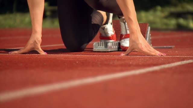 hd :女性アスリート - 陸上選手点の映像素材/bロール
