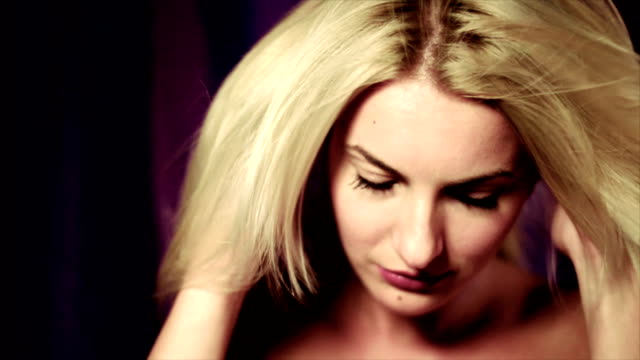 vídeos de stock, filmes e b-roll de feminino de beleza - cabelo comprido