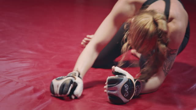 female boxer pad work session with trainer. having break down - sportsperson stock videos & royalty-free footage