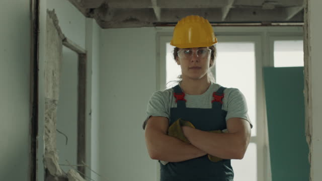 female construction worker - work helmet stock videos & royalty-free footage