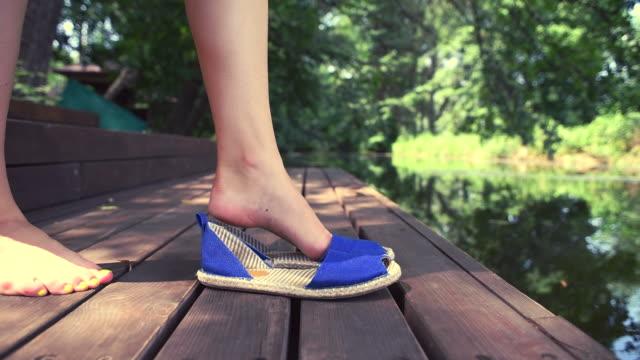 female foot wear shoes