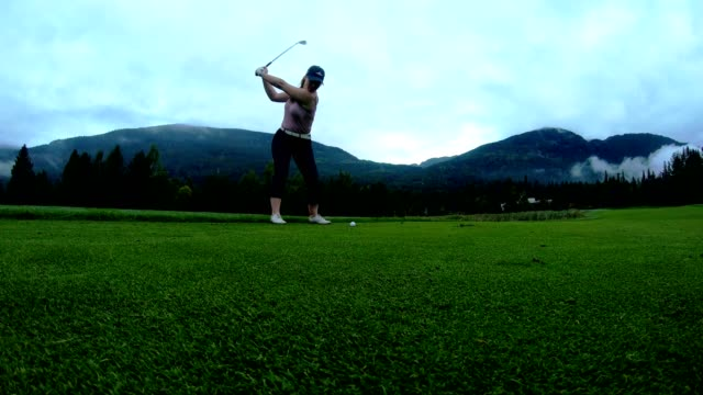 female golfer making the chip - accuracy stock videos & royalty-free footage