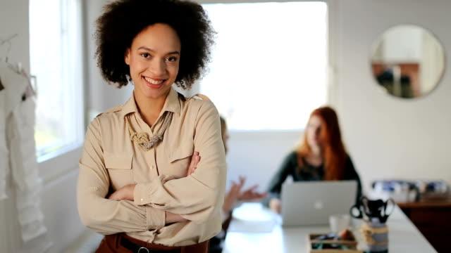 female leaders - entrepreneur stock videos & royalty-free footage