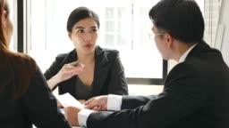 Female Leadership in Meeting