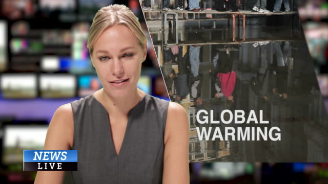 female news presenter reading the evening news about global warming - 新聞事件 個影片檔及 b 捲影像