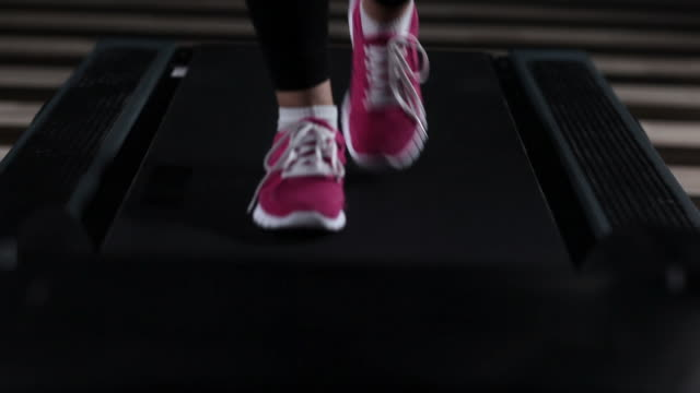 Female Sports Shoes