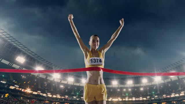 Donna atletica running Croci linea di finitura