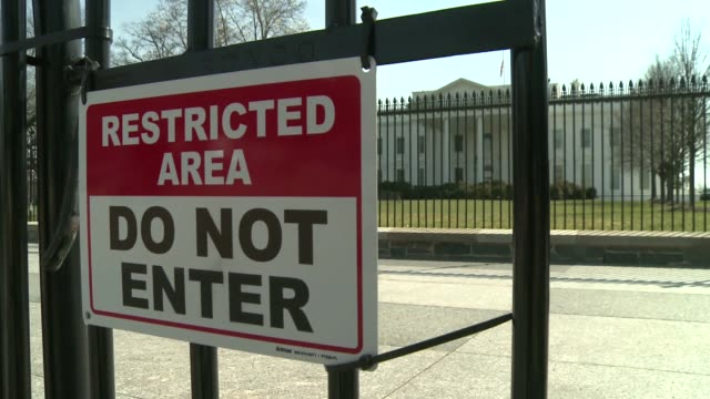 fence in front of the white house in washington - english language stock videos & royalty-free footage
