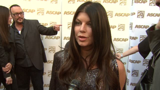 vidéos et rushes de fergie on the stories behind 'clumsy' and 'big girls don't cry', where she writes, performance awards vs. songwriting recognition at the 26th annual... - ascap