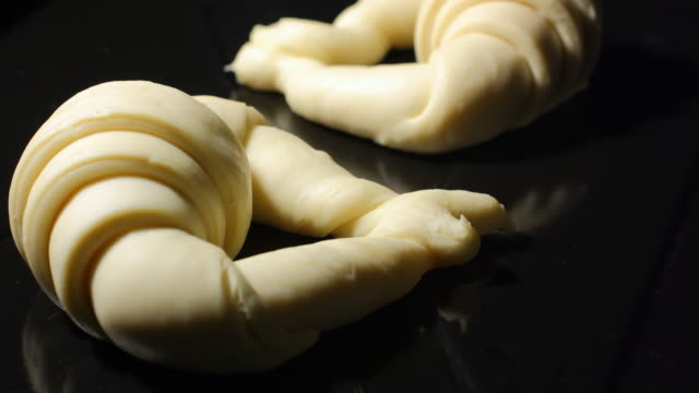 Fermenting and baking croissants
