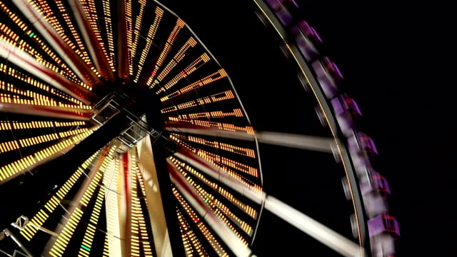 ferris wheel at carnival - time lapse - roundabout stock videos & royalty-free footage
