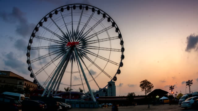 ferris wheel at sunset time lapse - paint roller stock videos & royalty-free footage