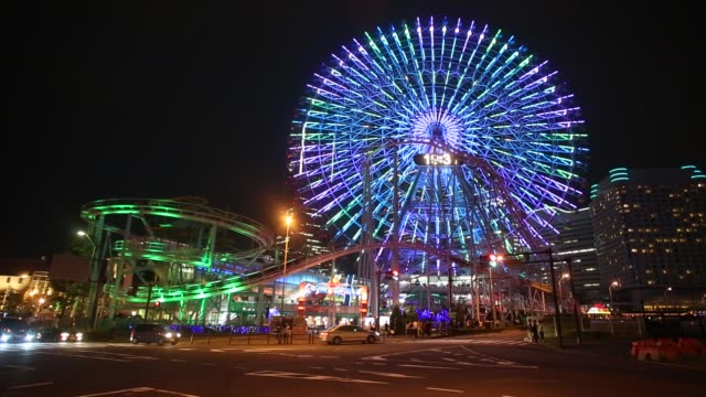 ferris wheel in yokohama - 観覧車点の映像素材/bロール