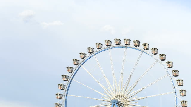 ferris wheel, realtime, hd - ferris wheel stock videos & royalty-free footage
