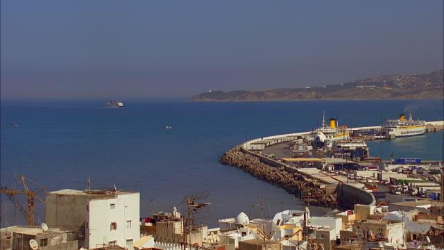 vídeos y material grabado en eventos de stock de ws ha ferry approaching harbor, tangier, morocco - la paz título de película
