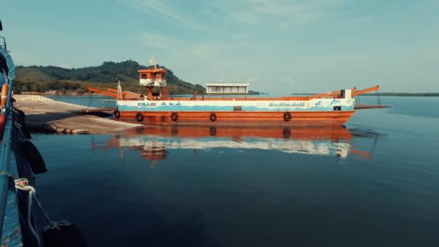 ferry boat journey from ko lanta to mainland hua hin krabi province thailand - ross sea stock videos & royalty-free footage
