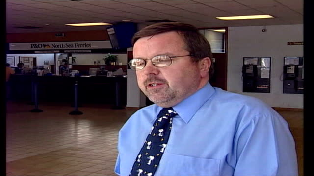 stockvideo's en b-roll-footage met ferry fire int mark ranson interviewed sot very unusual to have had two incidents in such a short time zeebrugge o 'norsea' ferry arriving in dock... - zeebrugge