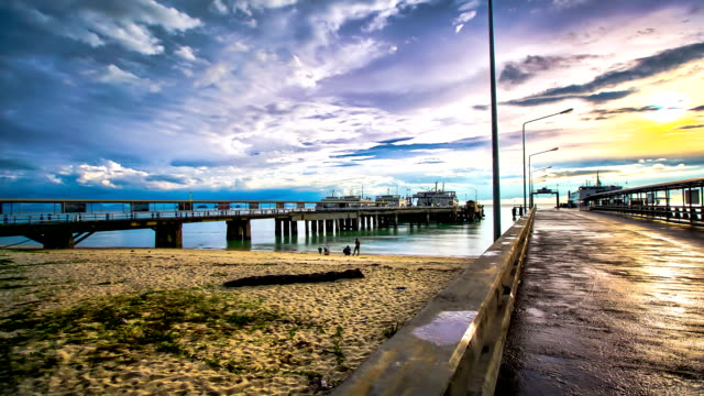 vidéos et rushes de le port de ferry - ferry