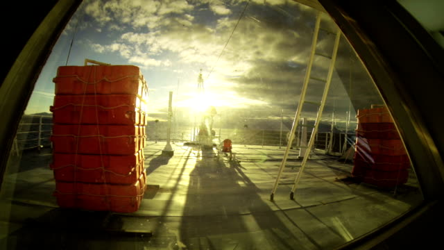 vidéos et rushes de le ferry bateau sur la mer méditerranée - ferry