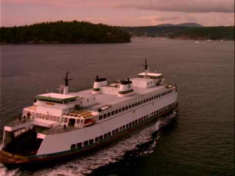 ferry traveling through lake - nordpazifik stock-videos und b-roll-filmmaterial
