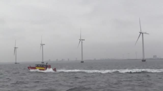 a few kilometres off copenhagen middelgrunden was with its twenty turbines the largest wind farm in the world when it opened in 2010 - oresund region stock videos & royalty-free footage