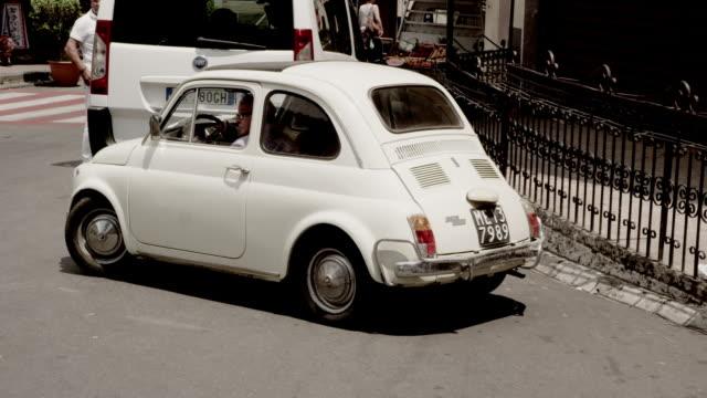 Fiat 500 in italien traffic