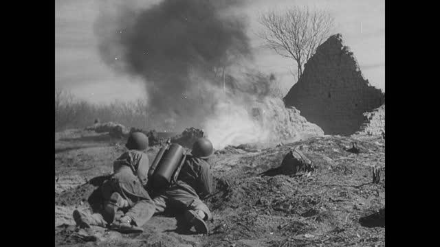 field artillery firing / infantry in combat - infanteri bildbanksvideor och videomaterial från bakom kulisserna