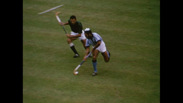 montage field hockey match between indian and pakistan at the lord's cricket ground in london/ united kingdom - ホッケー点の映像素材/bロール