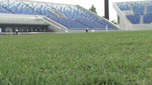 vídeos de stock e filmes b-roll de field of kumagaya rugby stadium, saitama, japan - râguebi desporto