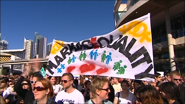 Fifteen hundred gay activists have rallied outside the 'ALP Conference' in Darling Harbour demanding the Government legalise same sex marriage...